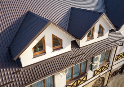 The-Homelife_The-Benefits-of-Metal-Roofing