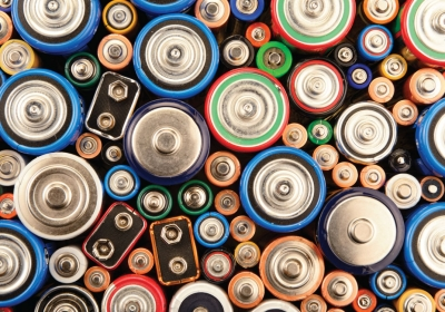 the-homelife-How-to-Dispose-Of-and-Recycle-Batteries