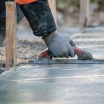 How to lay and level a concrete floor