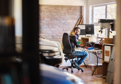the-homelife-Top-Tips-on-How-to-Make-Money-from-Your-Garage
